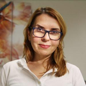 zubní lékařka Nataliia Avramova